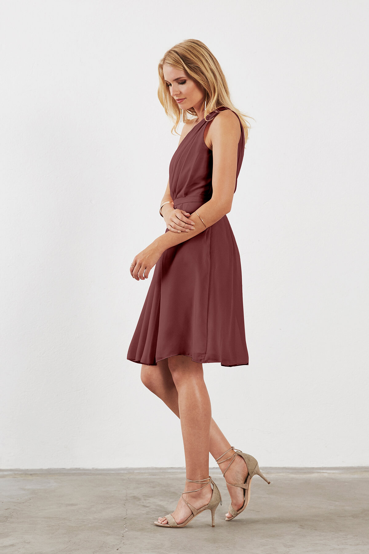 Single-Shoulder Strap Knee-Length Bridesmaid Dress | Bycouturier