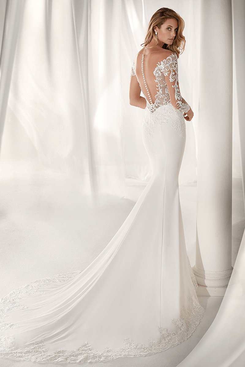 6b18852fd736e Sweetheart spandex tight mermaid wedding gown with lace sleeves