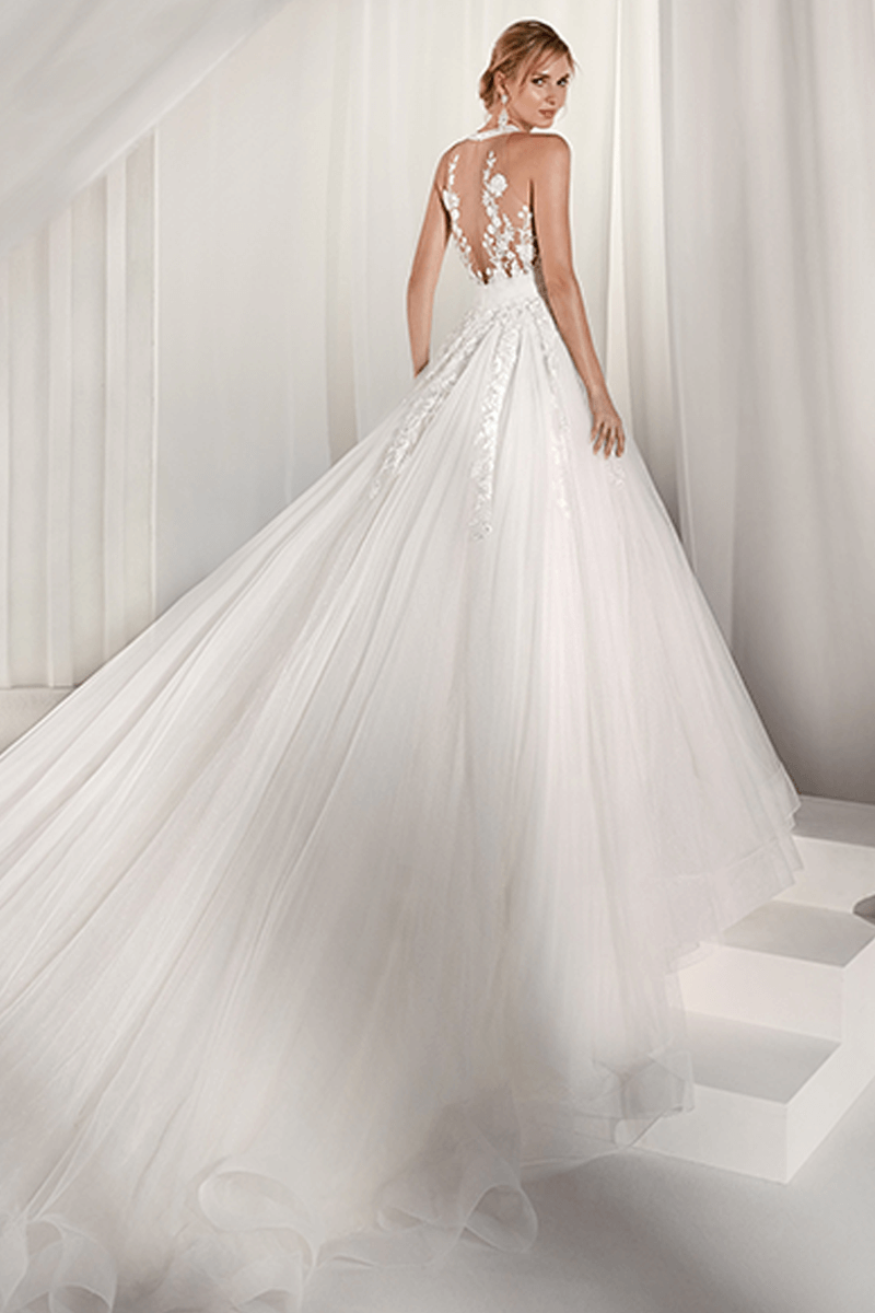 Deep V-neck back details wedding gown with long tail