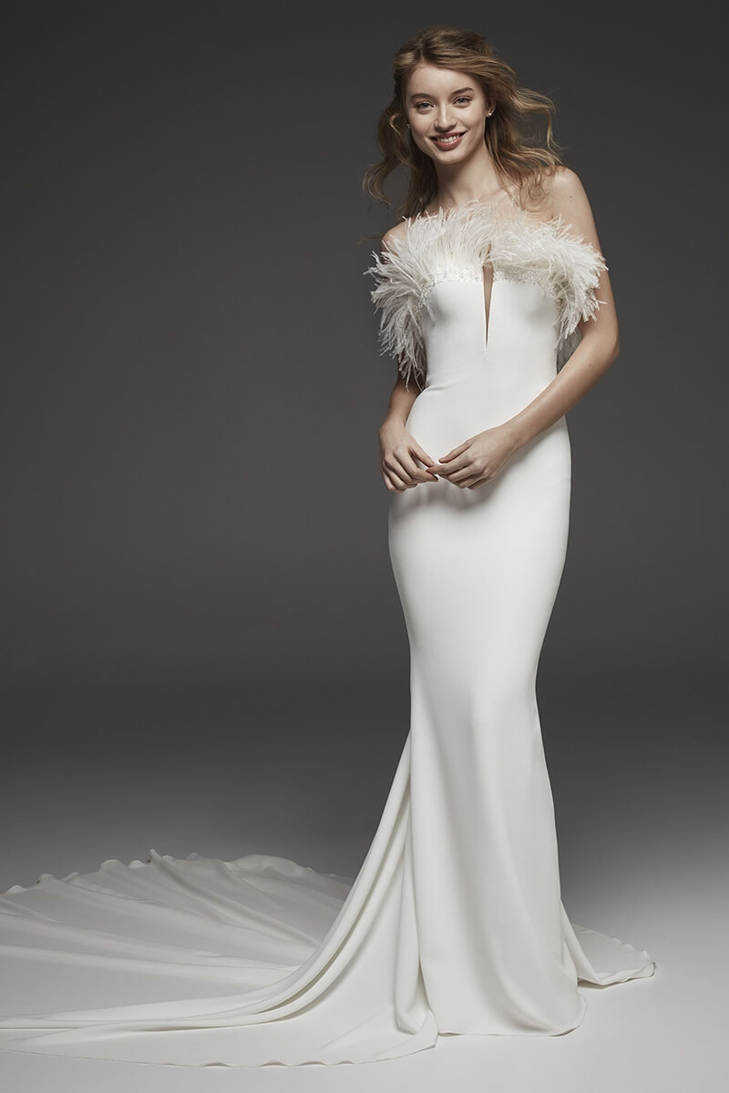 Spandex Feather Mermaid Long Train Wedding Dress