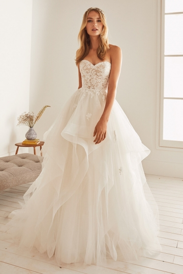 Wedding Dresses Bridal Gowns In Latest Trend Bycouturier